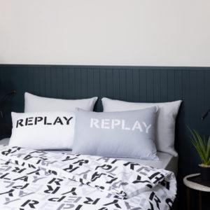 סט מצעים יחיד / מיטה וחצי 100% כותנה REPLAY לוגו
