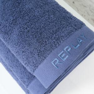 מגבת גוף REPLAY כחול